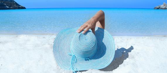 O que levar para praia: 4 itens que não podem faltar