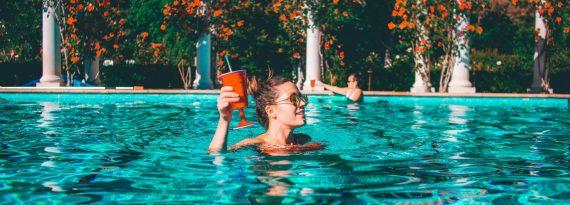 Cuidados com o sol: dicas de beleza essenciais para o verão